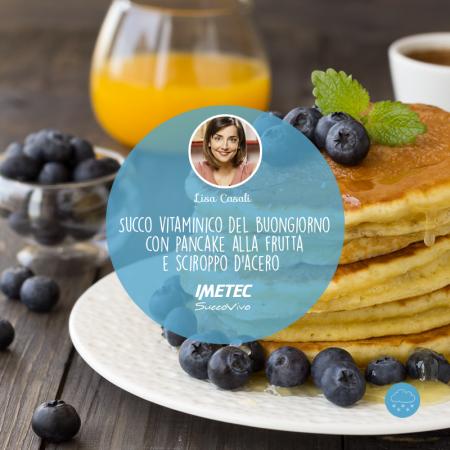 UN'IDEA PER IL BRUNCH DI PRIMAVERA: succo vitaminico e pancake alla frutta